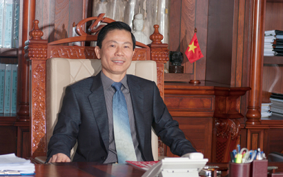 "Chairman of Duc Khai Corporation  ""Pham Ngoc Lam - I am pround to have lived with all my heart"""